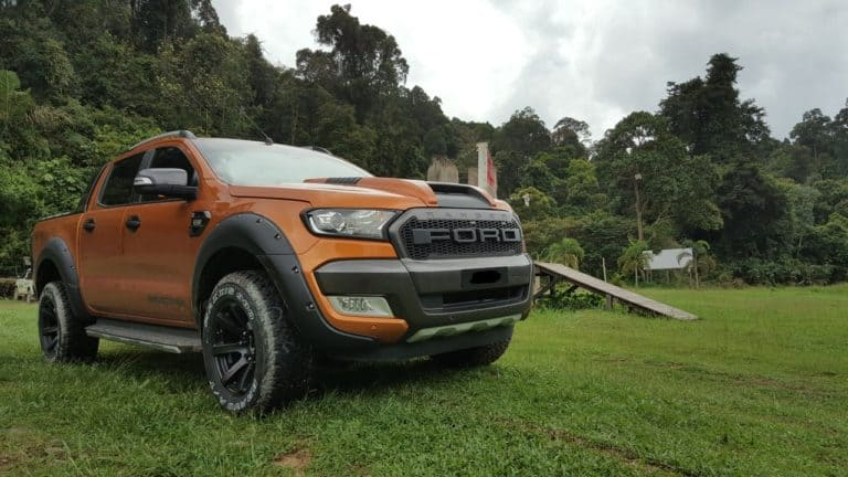Ford Ranger in a oval